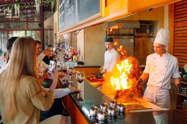 wobbling restaurant tables