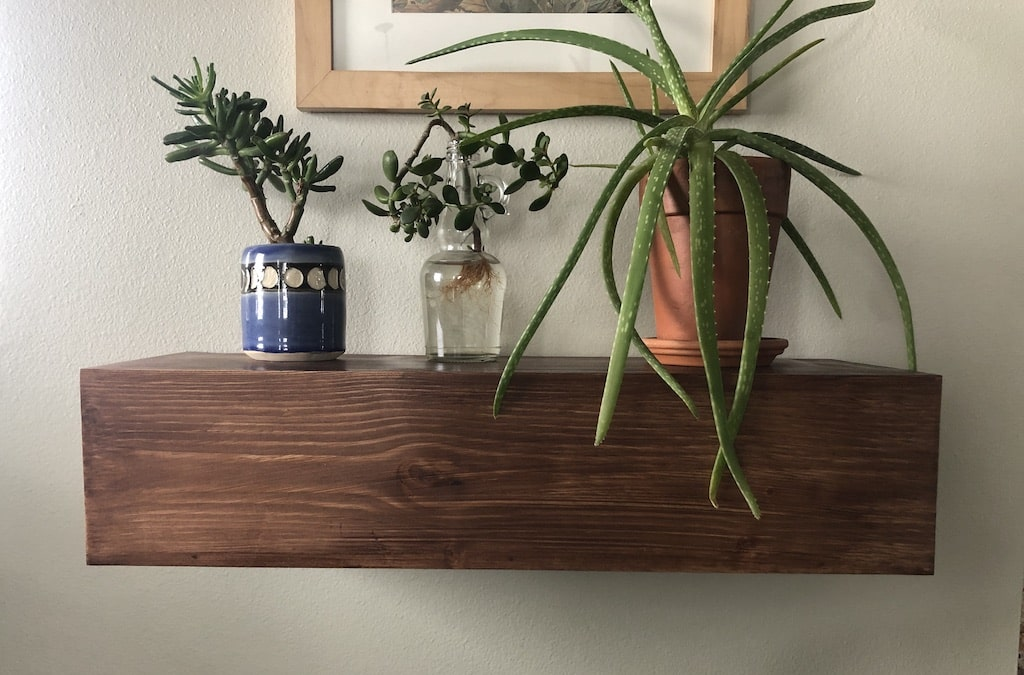 Perfectly Level DIY Floating Shelves